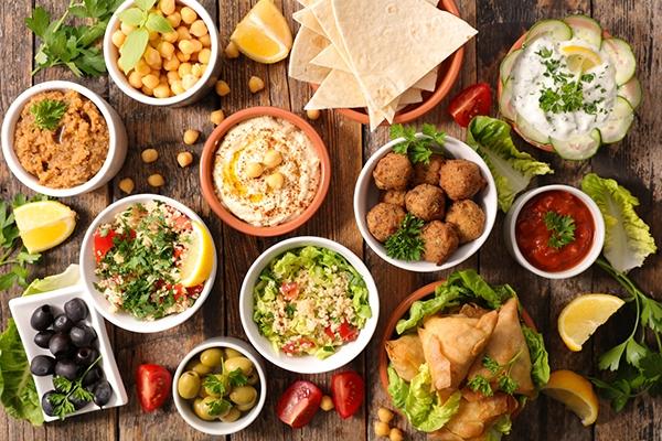 Mezzé : les recettes d'un apéritif aux accents orientaux