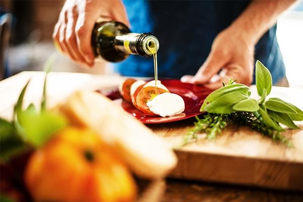Huile d'olive : comment bien la choisir ?