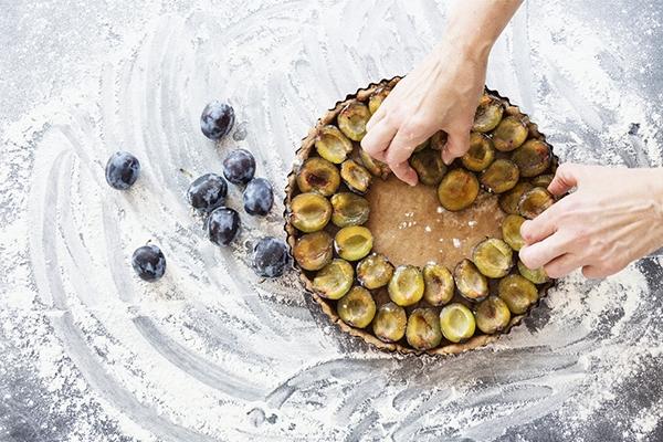 Tarte aux prunes : la recette gourmande de l'été indien