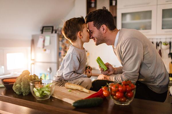 Comment transmettre les bienfaits de la cuisine à ses enfants ?