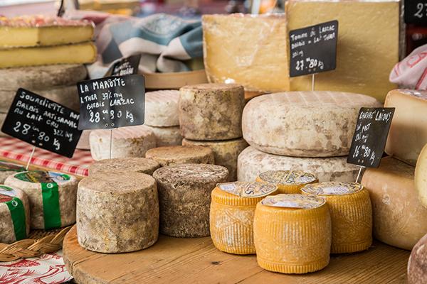 La saisonnalité des fromages, expliquée par notre fromager