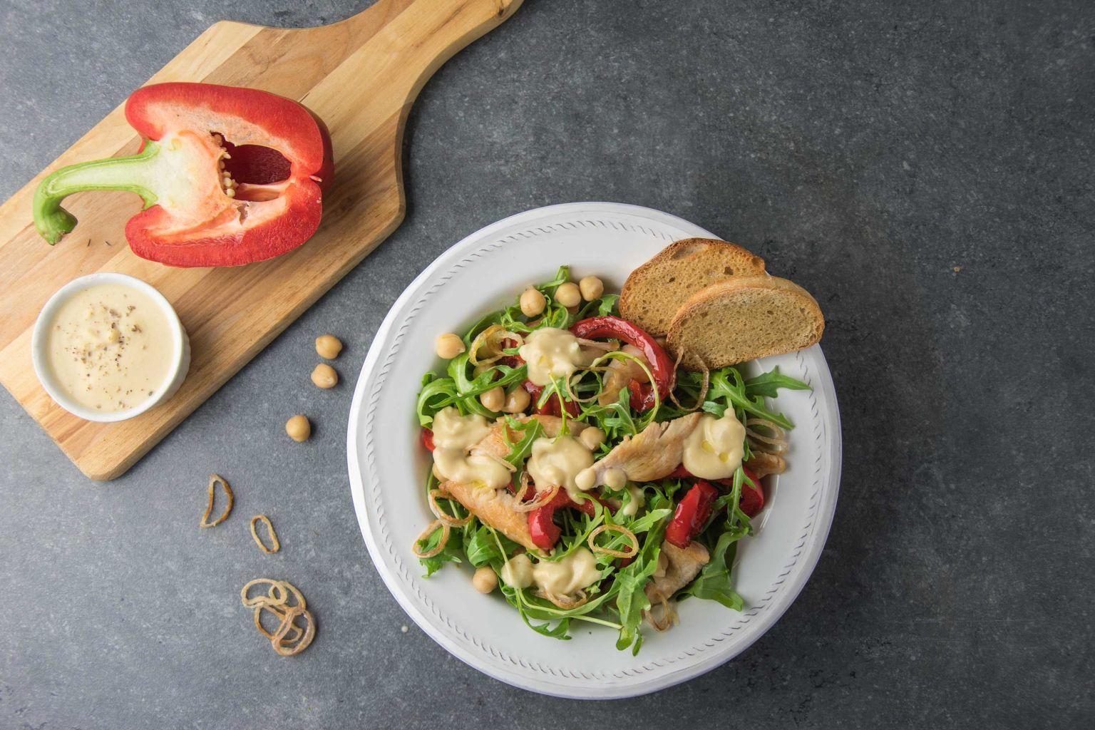 Recette salade printani re la dinde et poivron rouge grill quitoque - Salade de poivron grille ...