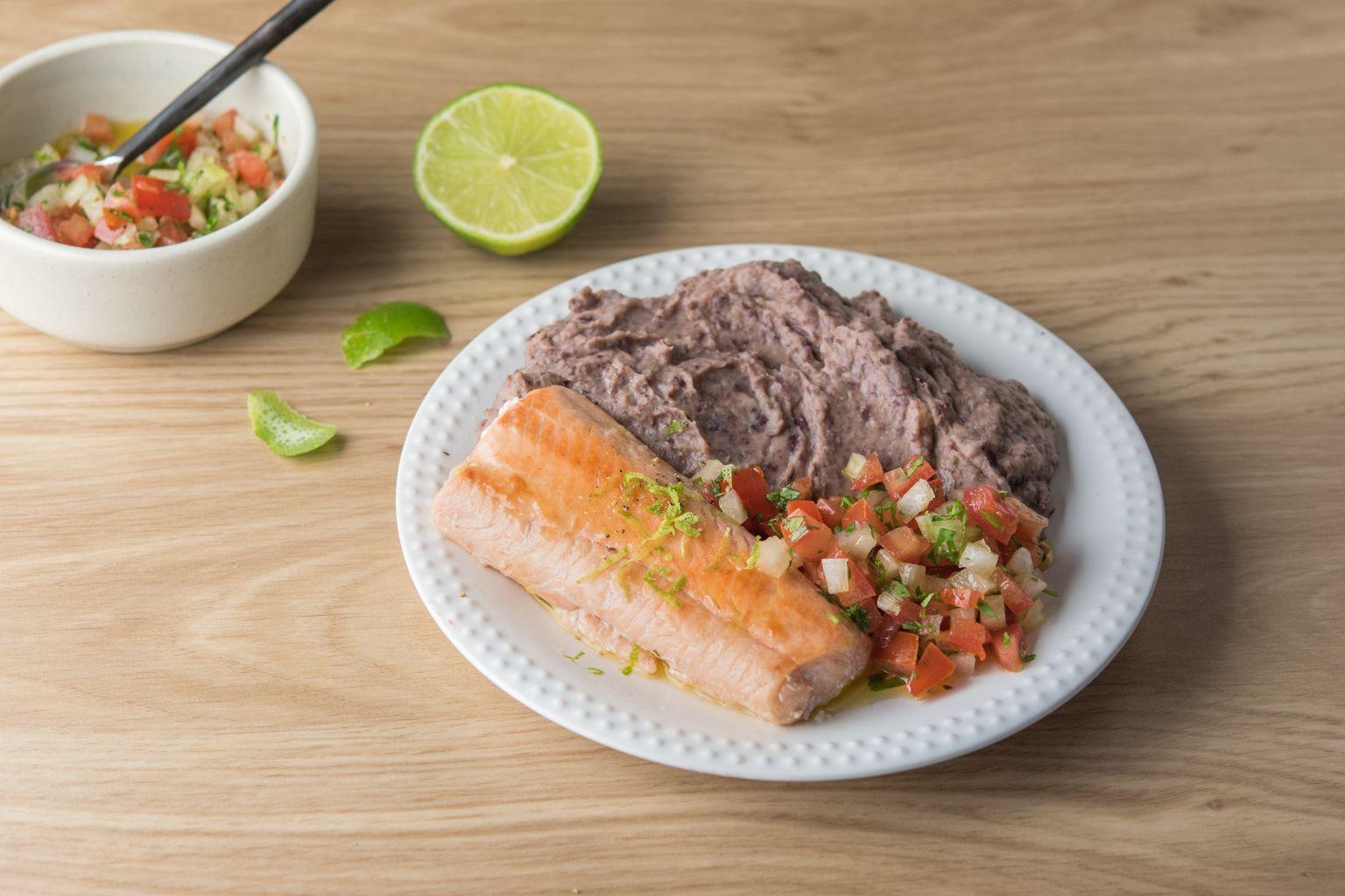 Recette saumon pico de gallo et pur e de haricots rouges courgette quitoque - Comment cuisiner les haricots rouges ...