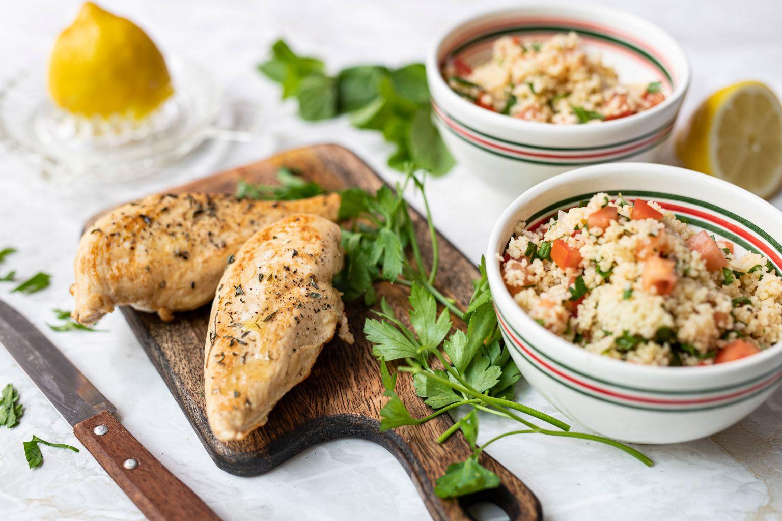 Filet de poulet grillé et taboulé libanais