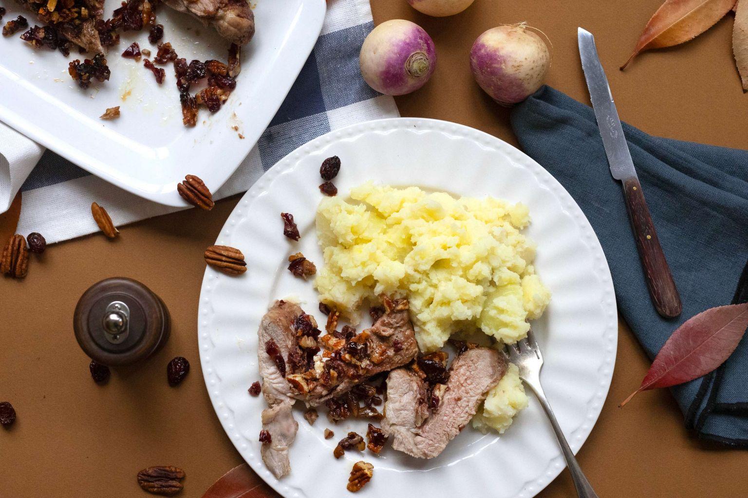 Filet mignon de porc farci aux noix de pécan, cranberries et sirop d'érable