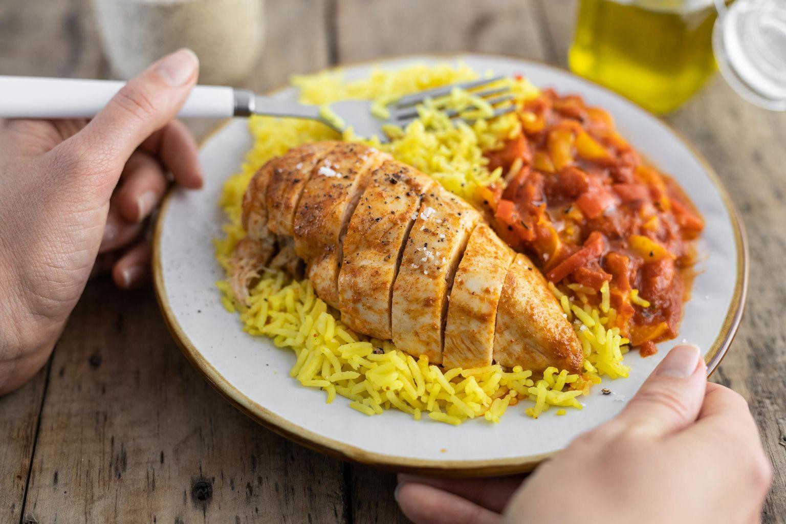 Poulet basquaise et riz pilaf