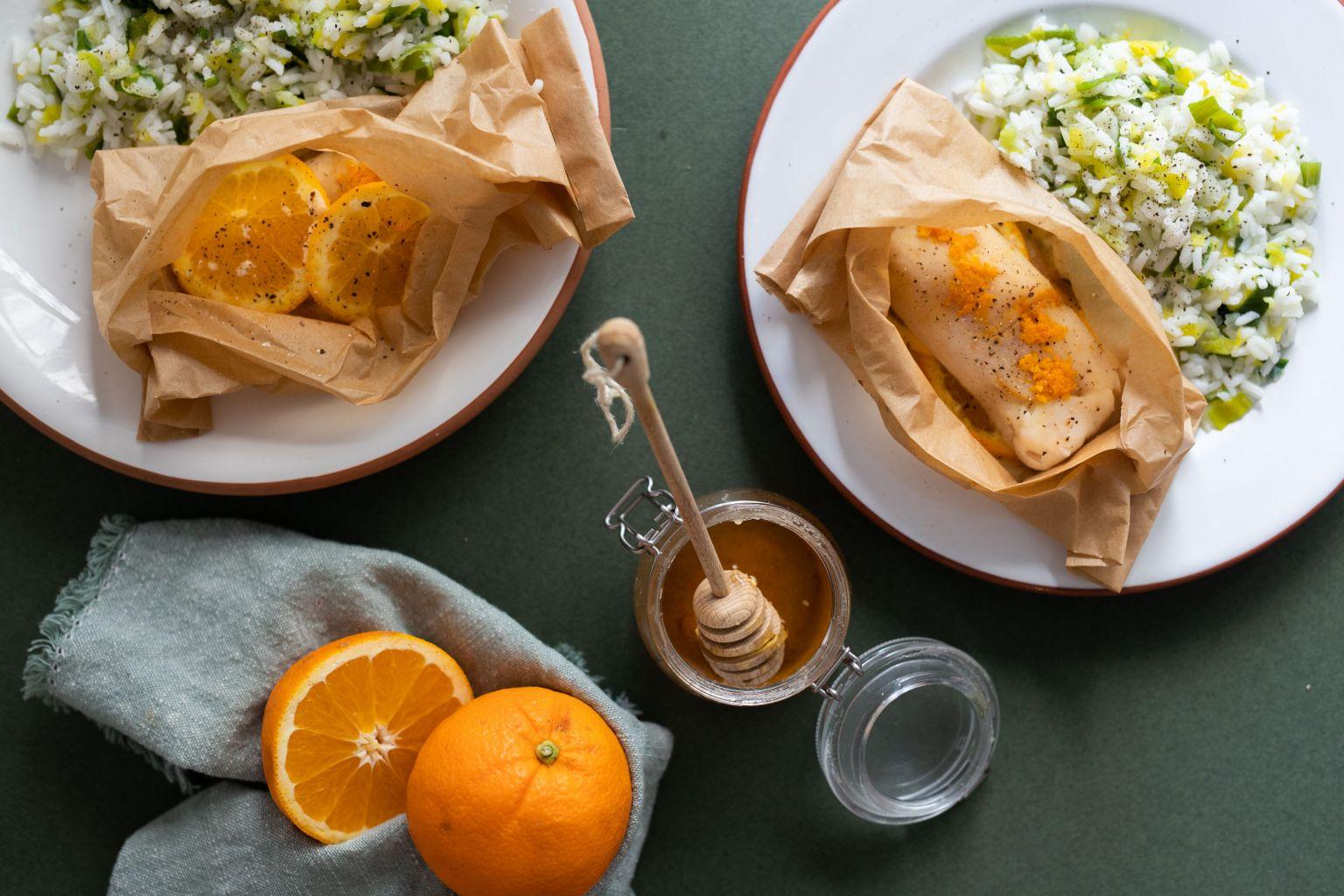 Papillote de tacaud, sauce à l'orange et miel