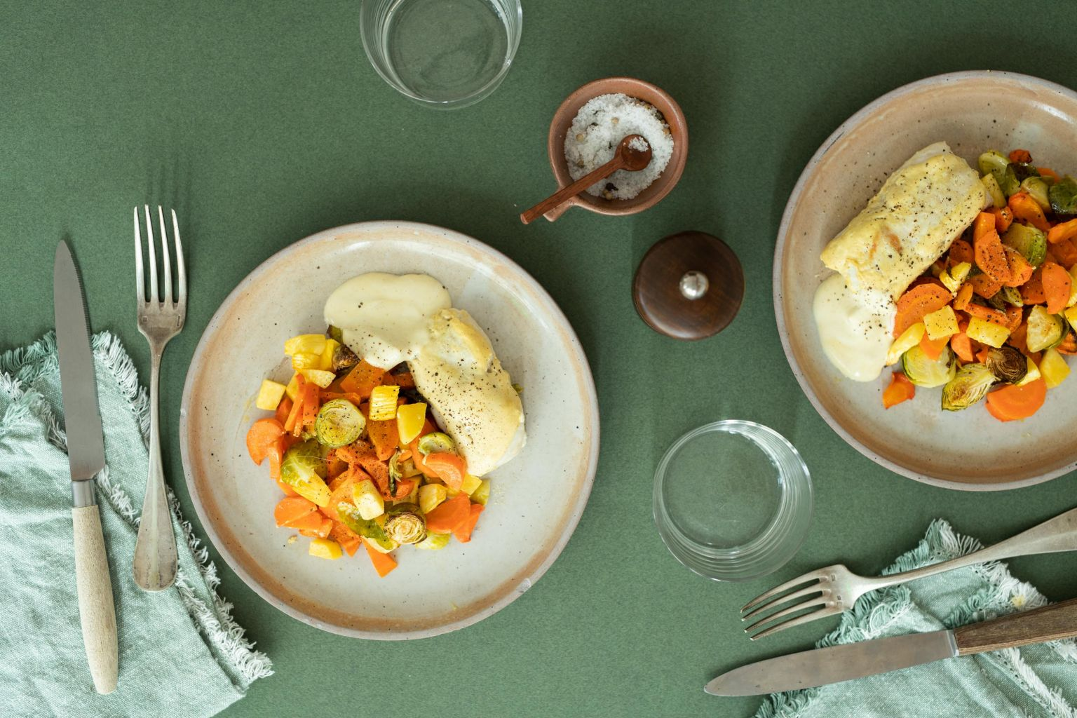 Merlu au fromage frais - moutarde et trois légumes rôtis