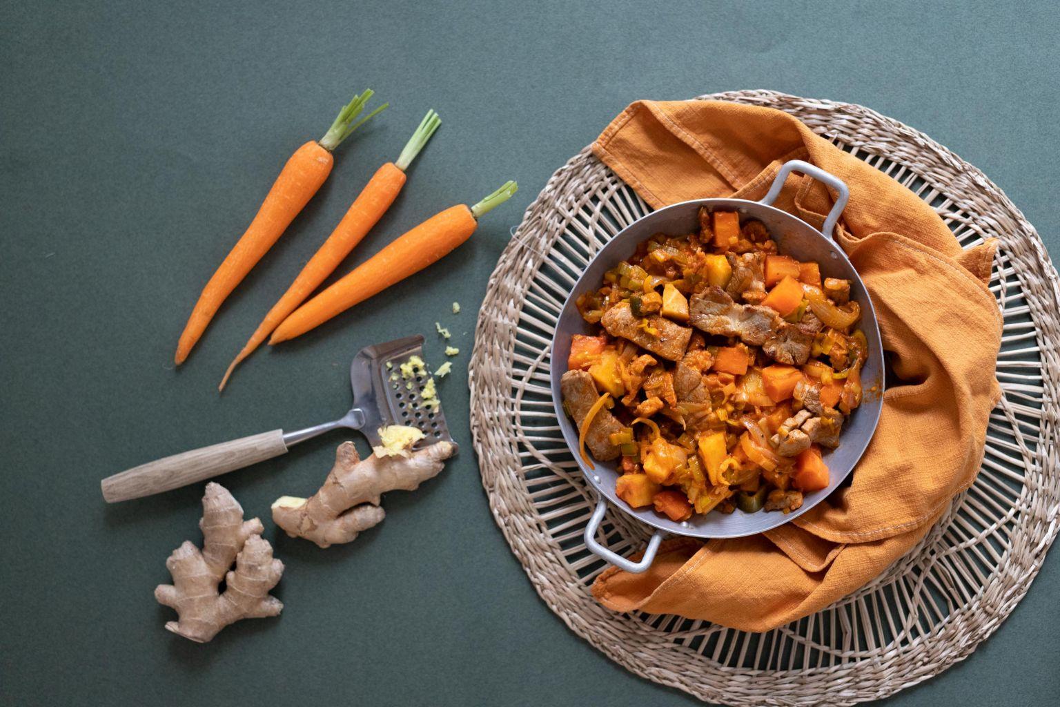 Porc mariné au gingembre et trois légumes