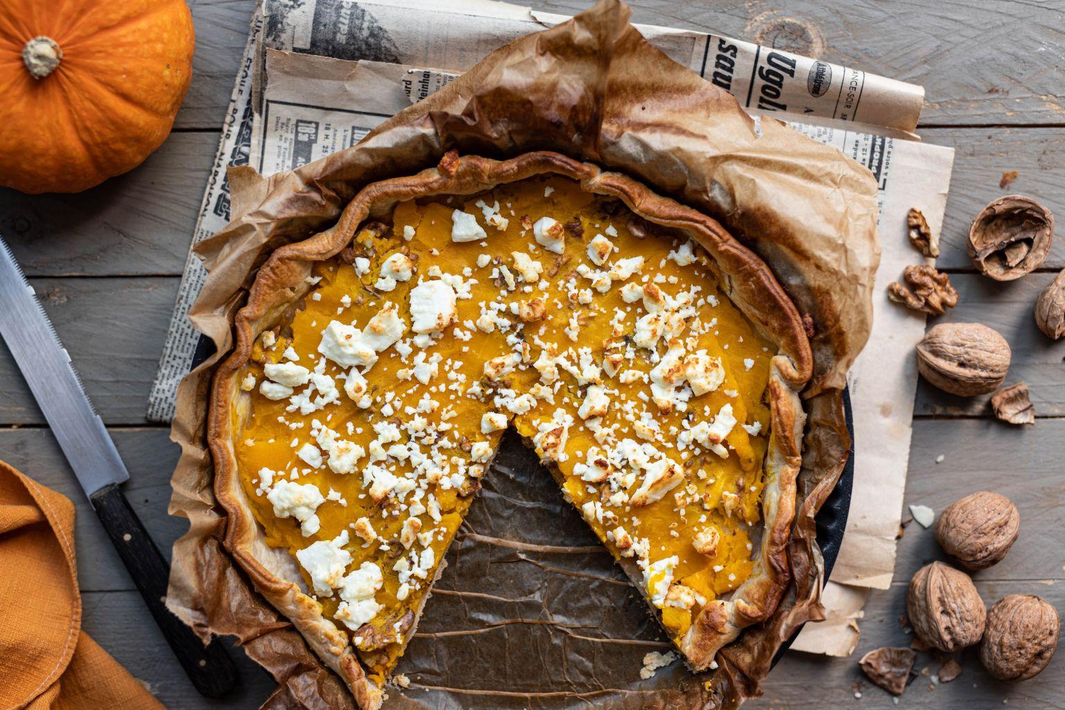Pumpkin pie à la féta et aux noix