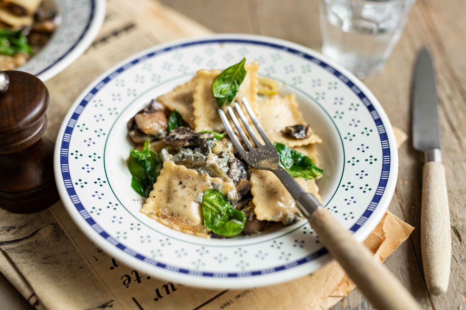 Ravioli aux girolles et sauce au gorgonzola