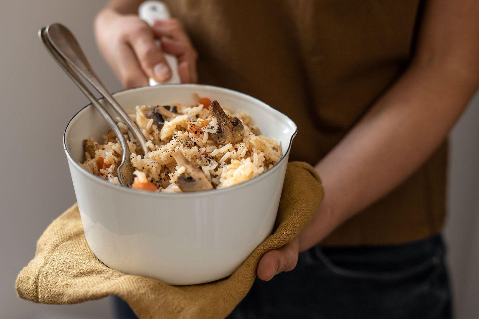 Riz crémeux aux champignons et huile parfumée à la truffe