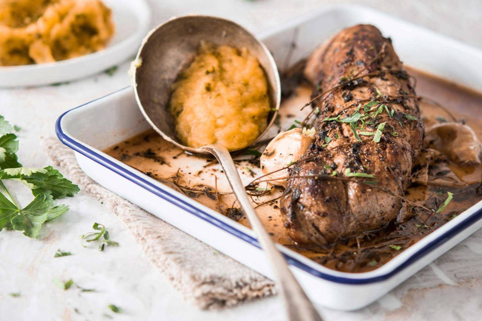 Filet mignon de porc au thym et purée de patate douce