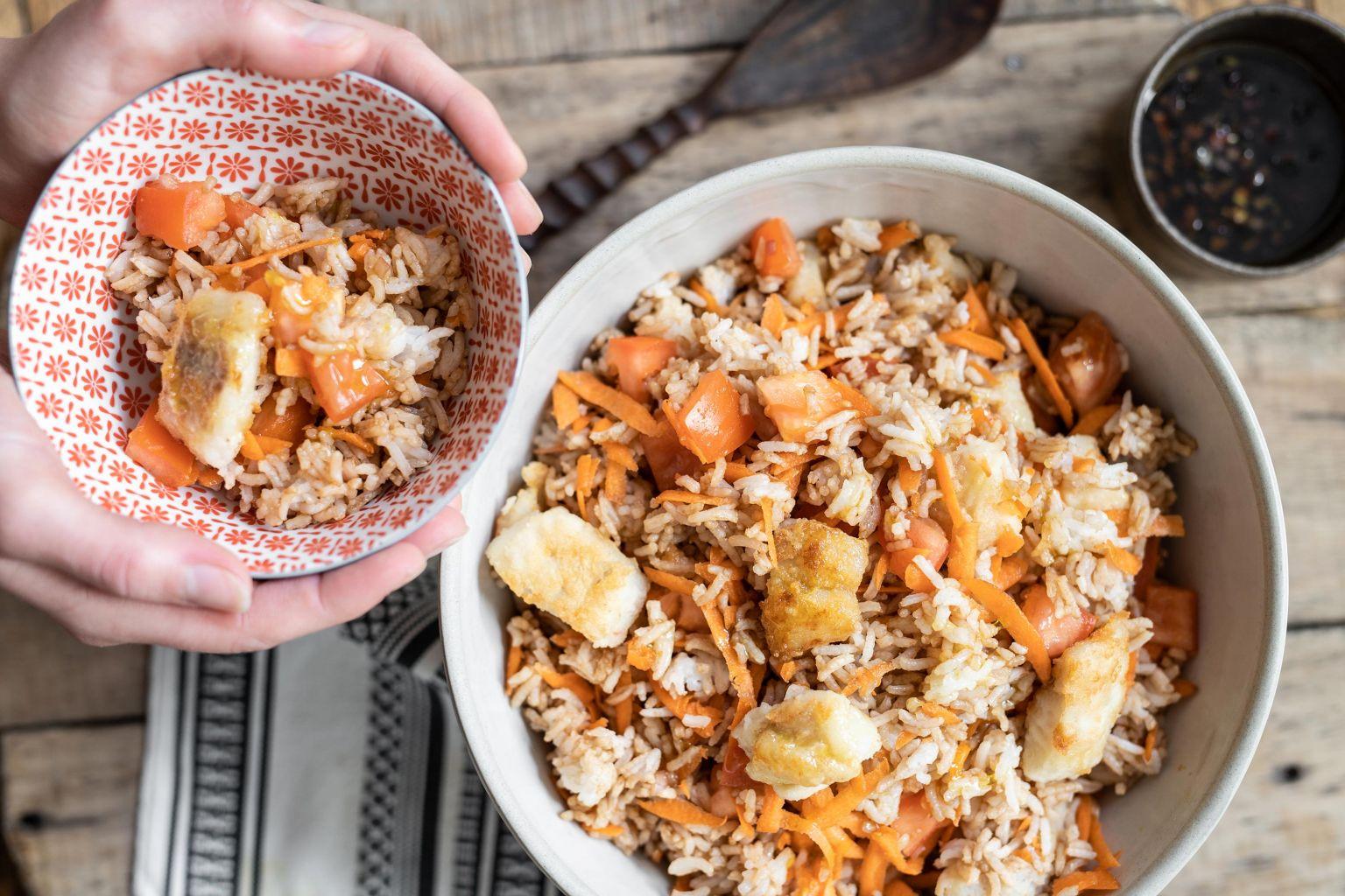 Salade de riz au lieu noir grillé et vinaigrette à la sauce soja