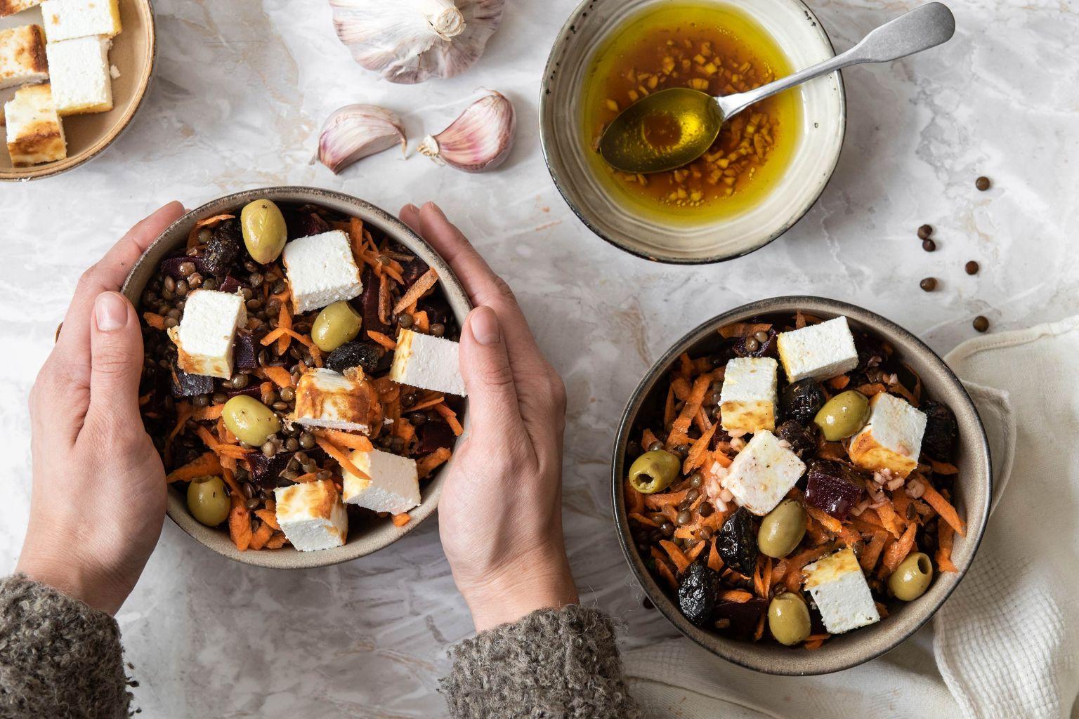 Salade d'hiver aux olives et manouri
