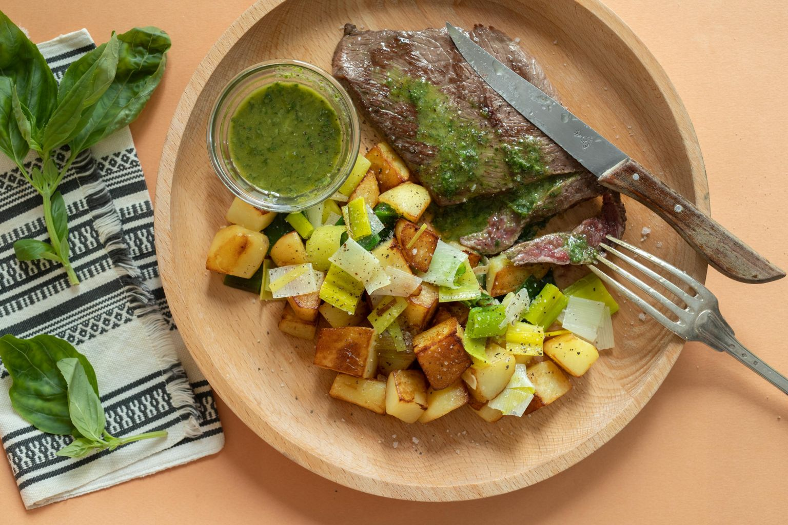 Steak de bœuf charolais et pistou de basilic