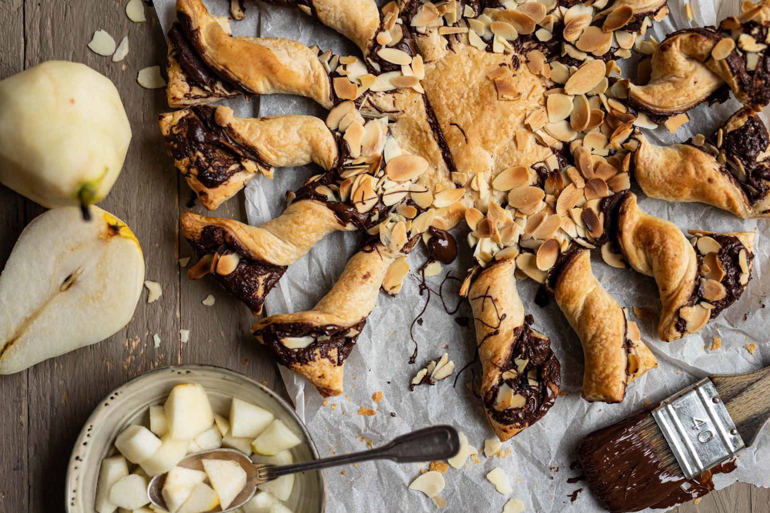 Tarte torsadée au chocolat et aux amandes