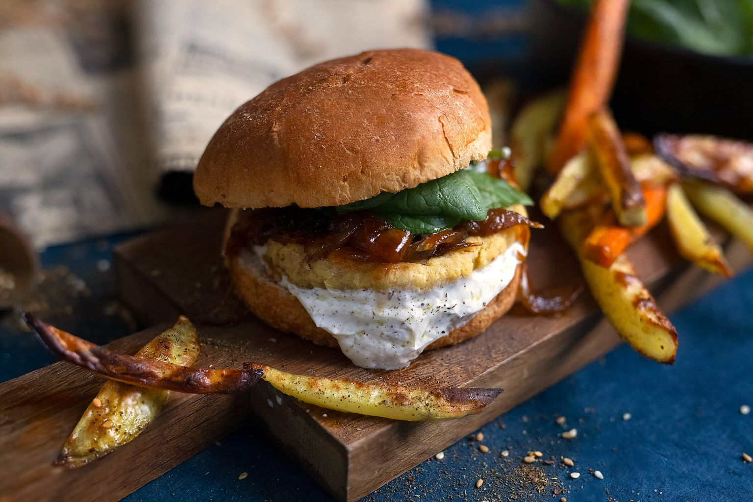 Falafel burger et frites au zaatar