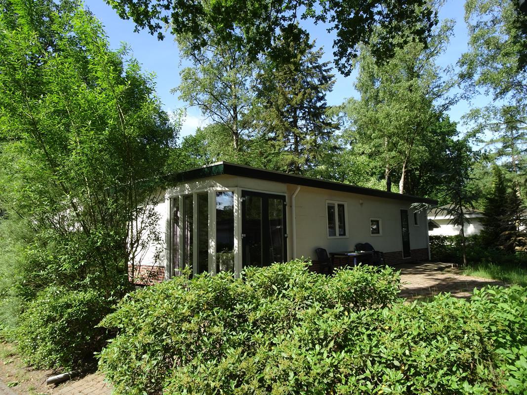 Vakantiehuis te koop Gelderland Arnhem Koningsweg 14 C21 Droompark Hooge Veluwe (3).JPG
