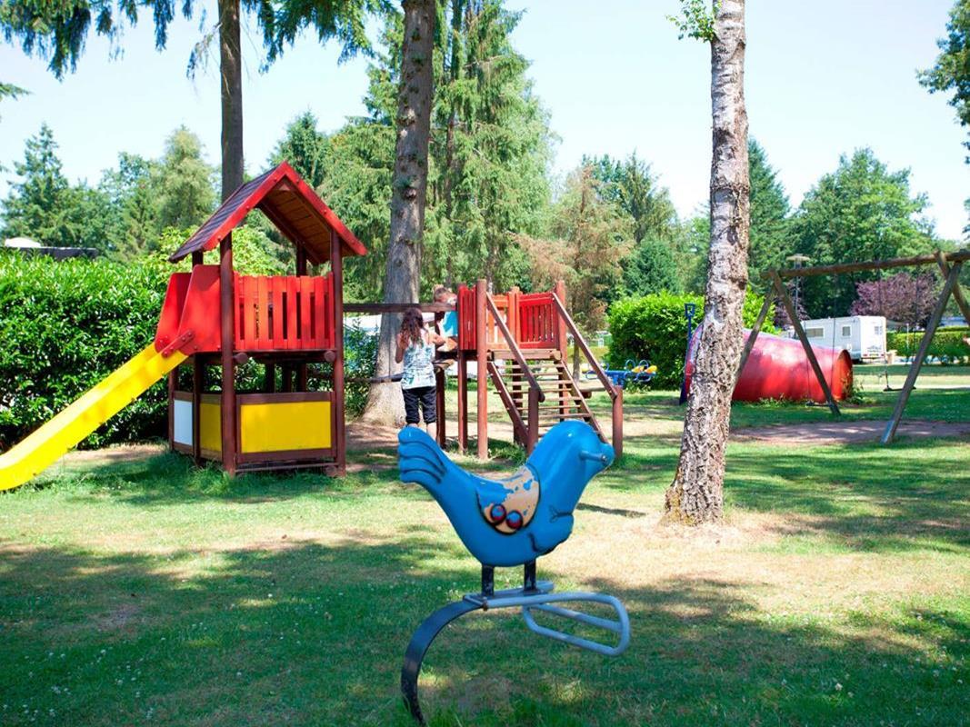 Vakantiehuis te koop Gelderland Ede Zonneoordlaan 47 K110 Toppark Bospark Ede (19).jpg