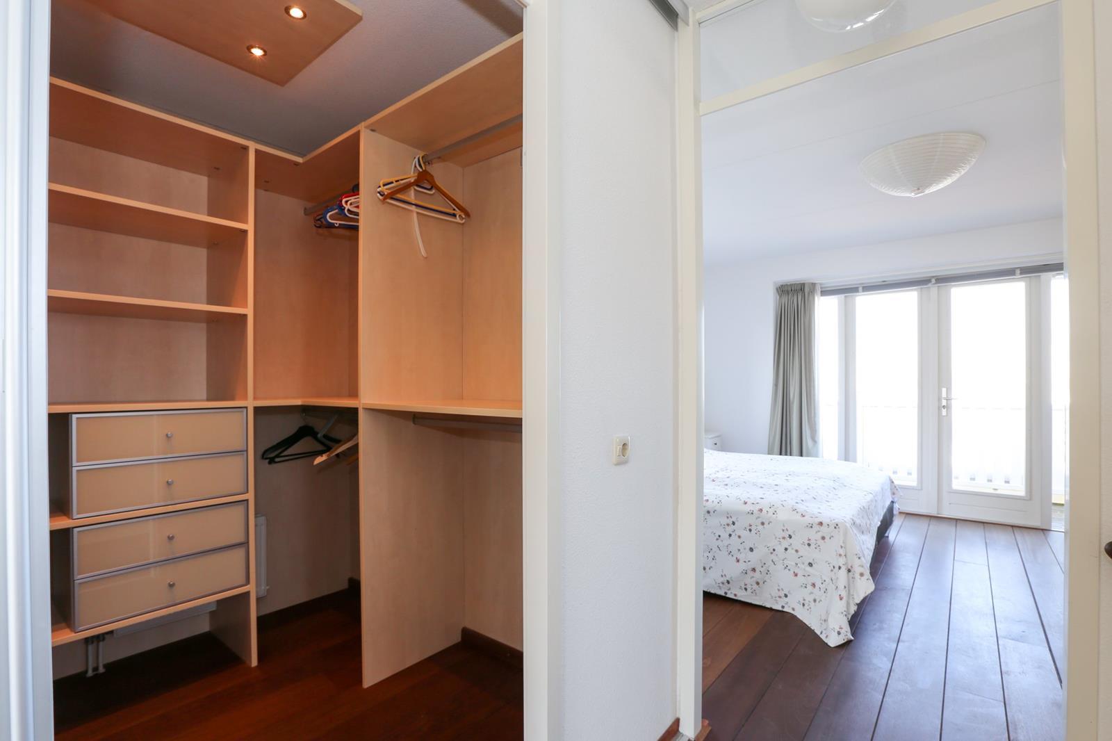 Vakantiehuis te koop aan water in Zuid-Holland 039.jpg
