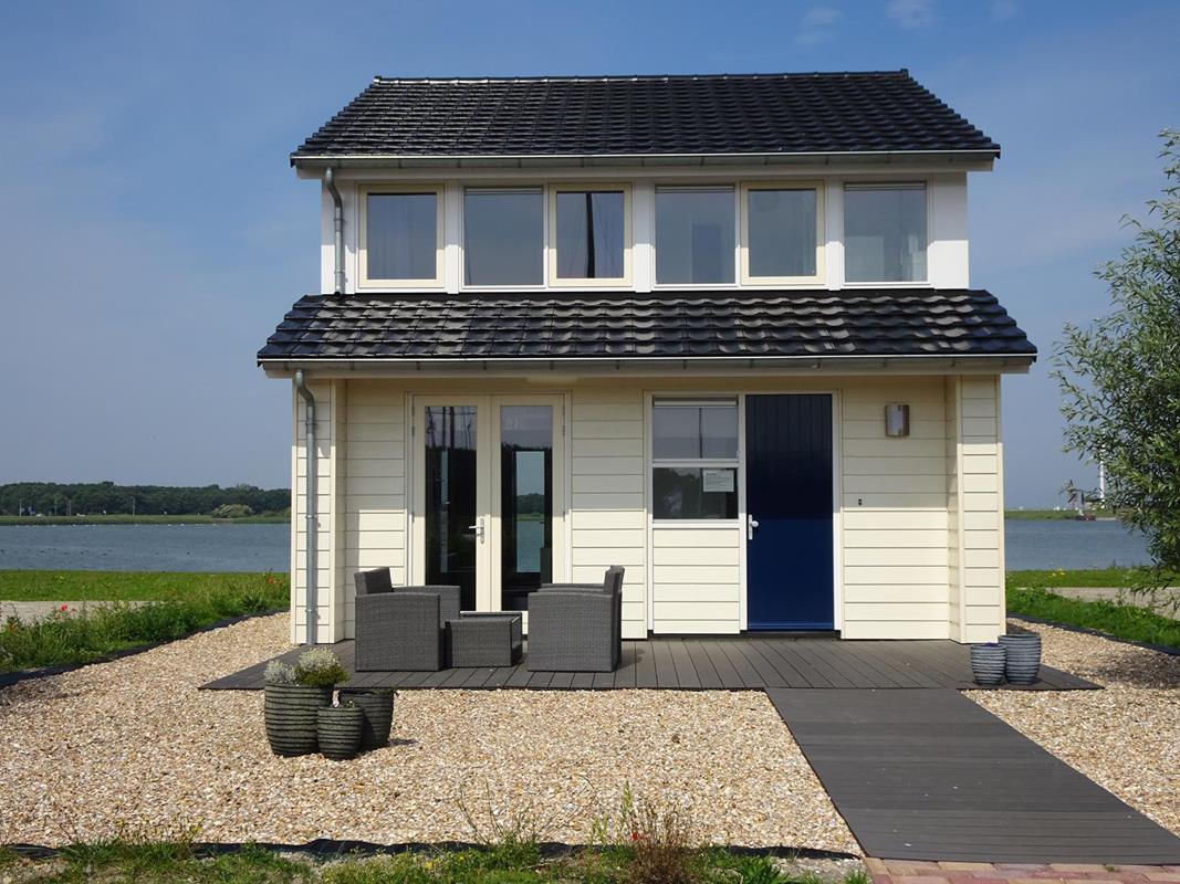 Vakantiehuis N.Holland Waterrijk den Oever recreatiewoning aan water (1).jpg