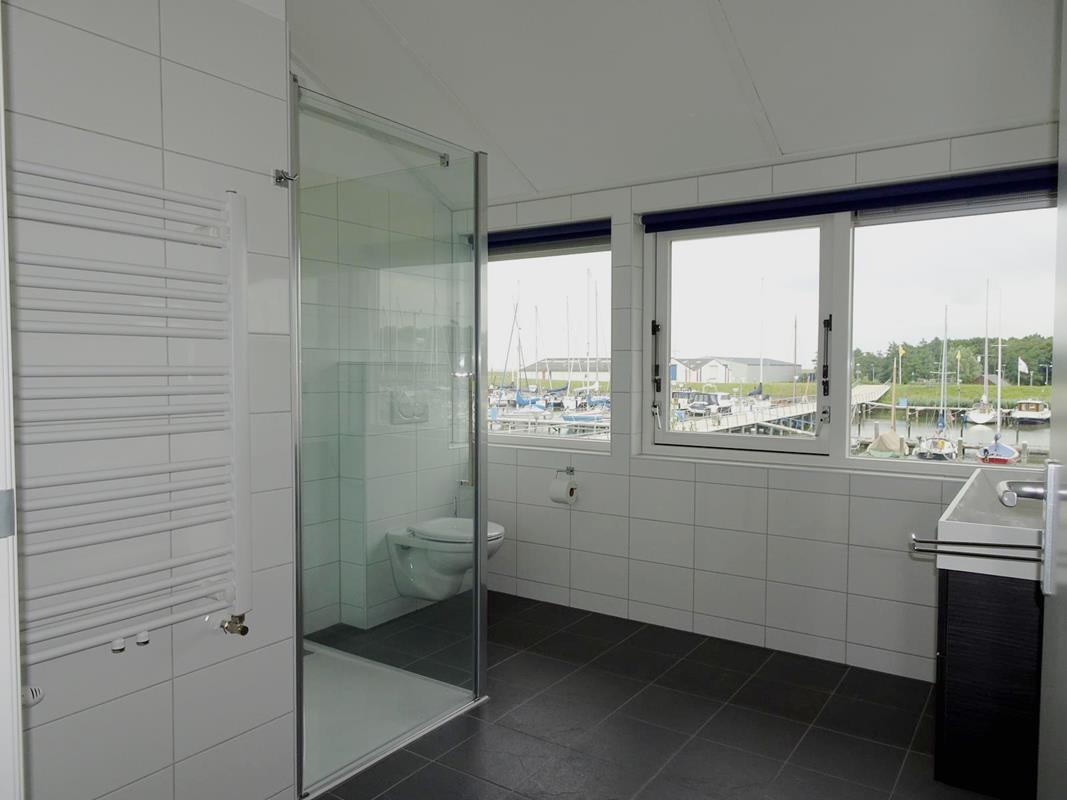 Vakantiehuis N.Holland Waterrijk den Oever recreatiewoning aan water (13).jpg