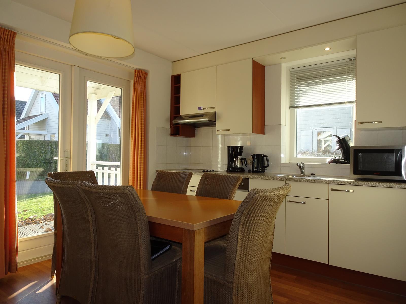 Vakantiehuis te koop Zeeland Bruinisse K155 (8).jpg