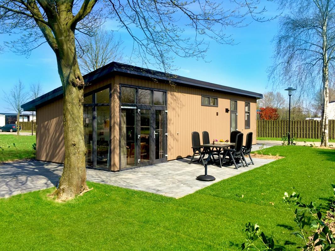 Vakantiehuis te koop Gelderland Aalst Ferienhaus kaufen beim wasser (1).jpg