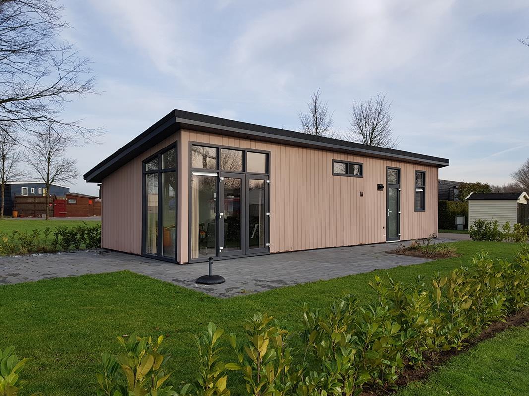 Vakantiehuis te koop Gelderland Aalst Ferienhaus kaufen beim wasser (18).jpg