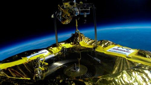 Звук с винила впервые был проигран в открытом космосе