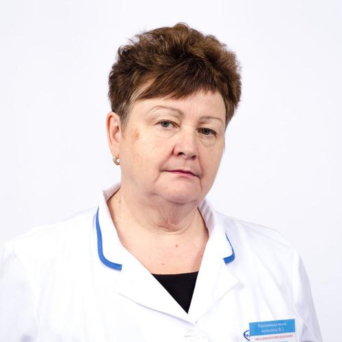 Стоян Ніна Яківна