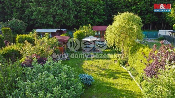 Prodej, Zahrada, 303 m², Pardubice