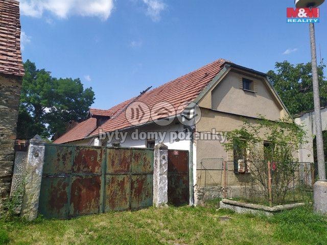 Prodej, Rodinný dům, 854 m², Krakovany