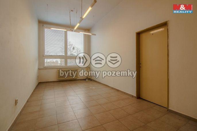 Pronájem obchodního objektu, 19 m2, Kladno ul.