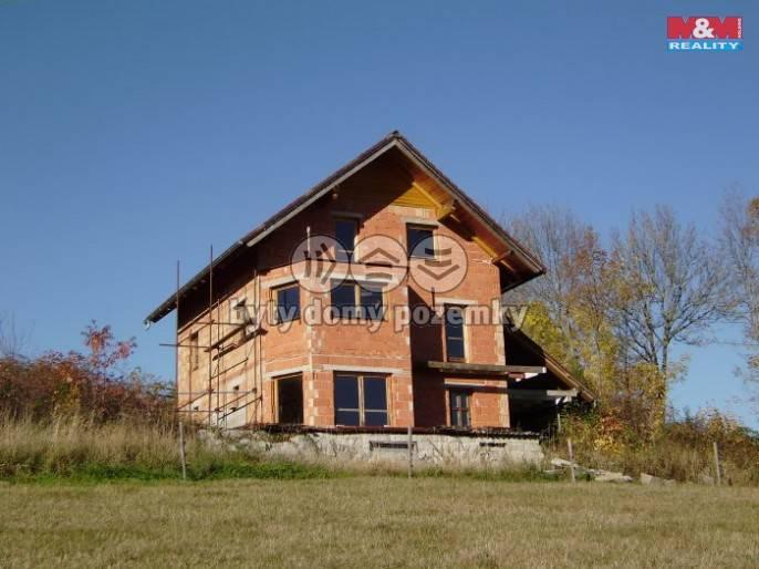 Prodej, Rodinný dům, 1266 m², Čestice