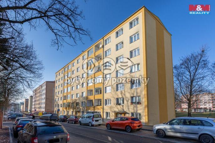 Prodej bytu 2+1, 56 m², Ostrov, ul. Májová