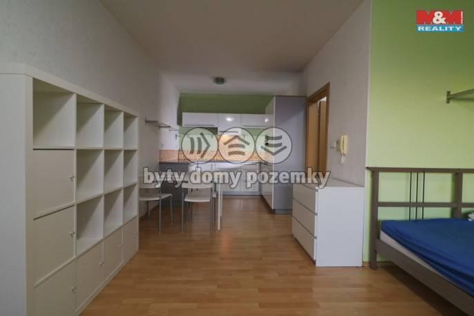 Pronájem, Byt 1+kk, 40 m², Hradec Králové, Labská louka