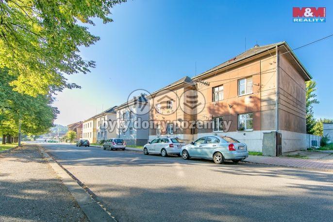 Prodej, Byt 1+kk, 33 m², Králův Dvůr, náměstí Míru