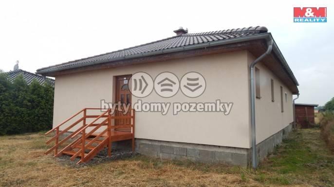 Prodej, Rodinný dům, 1400 m², Pňovice