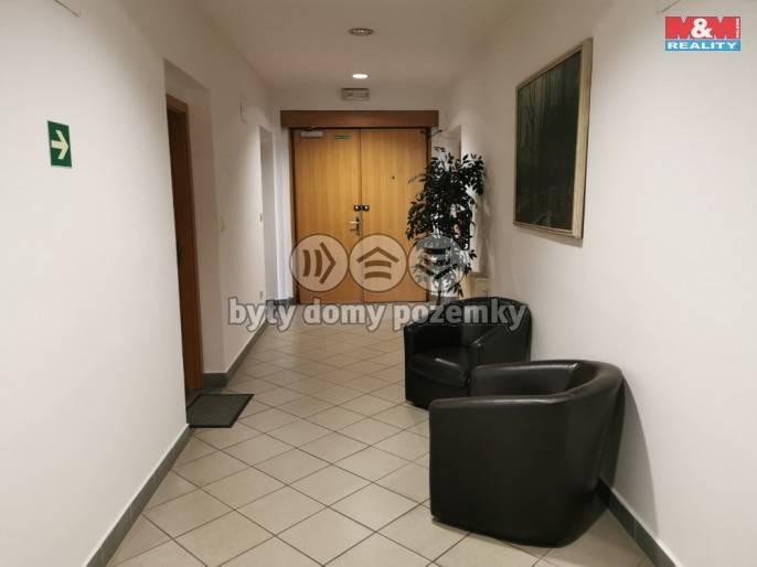 Pronájem, Kancelářský prostor, 35 m², Hradec Králové