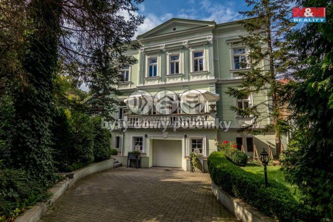 Prodej, Rodinný dům, 1018 m², Dubí