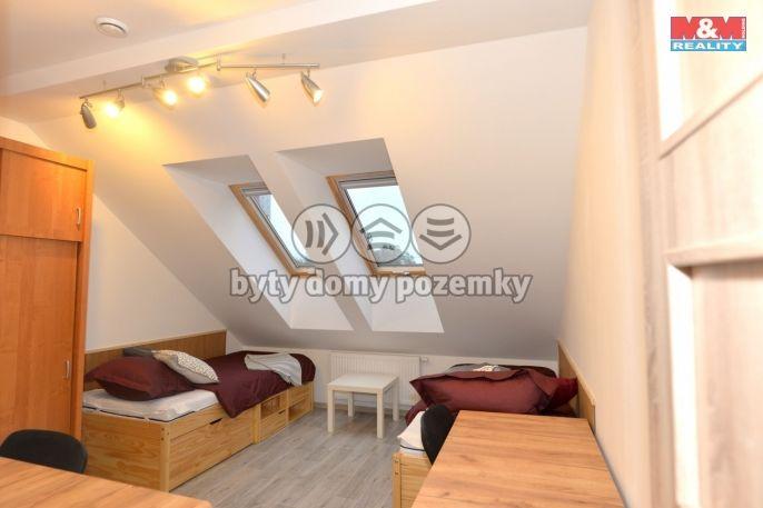 Pronájem, Byt 1+kk, 51 m², Pardubice, Brozanská