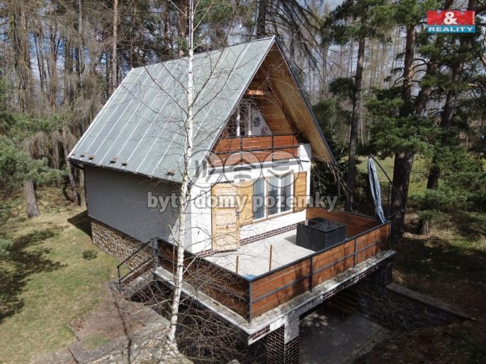 Prodej, Chata, 883 m², Vlkov