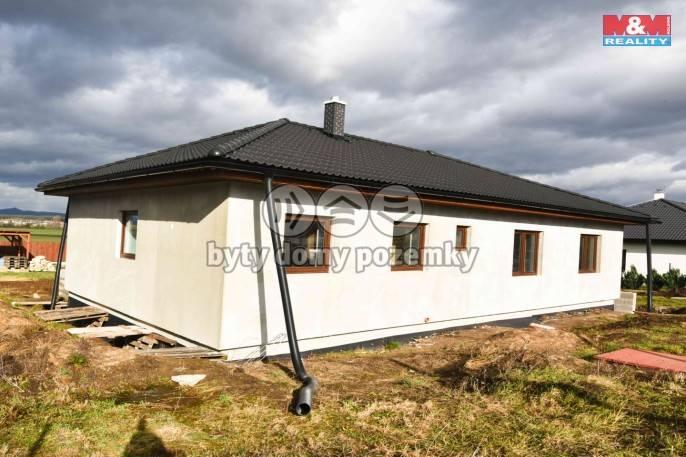 Prodej, Rodinný dům, 1110 m², Hrobce, Pod Skalou