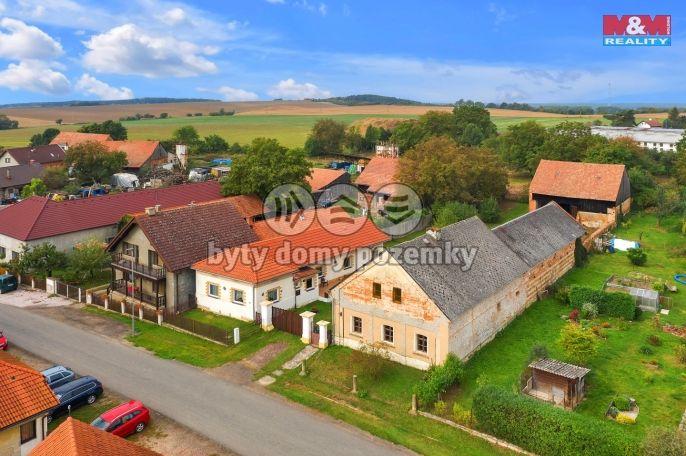 Prodej, Zemědělská usedlost, 370 m², Cholenice
