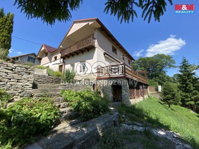 Prodej, Rodinný dům, 1083 m², Desná