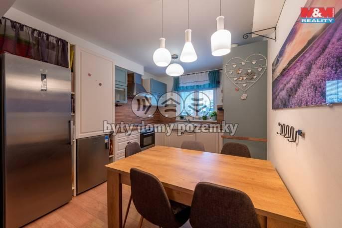 Prodej, Rodinný dům, 244 m², Pardubice