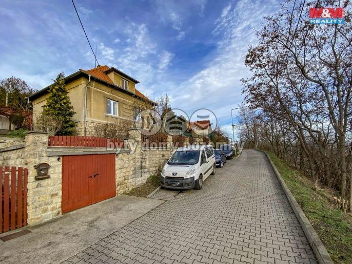 Prodej, Rodinný dům, 2335 m², Žalhostice
