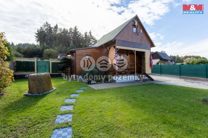 Prodej celoročně obyvatelné chaty, 42 m², Ostrov